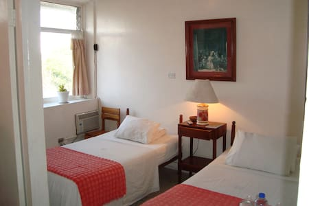Double room with ocean view - Bahia de Caraquez - 家庭式旅館
