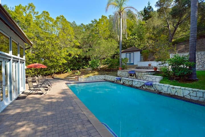3Bd1Ba Montecito Estate Guest House-Pool