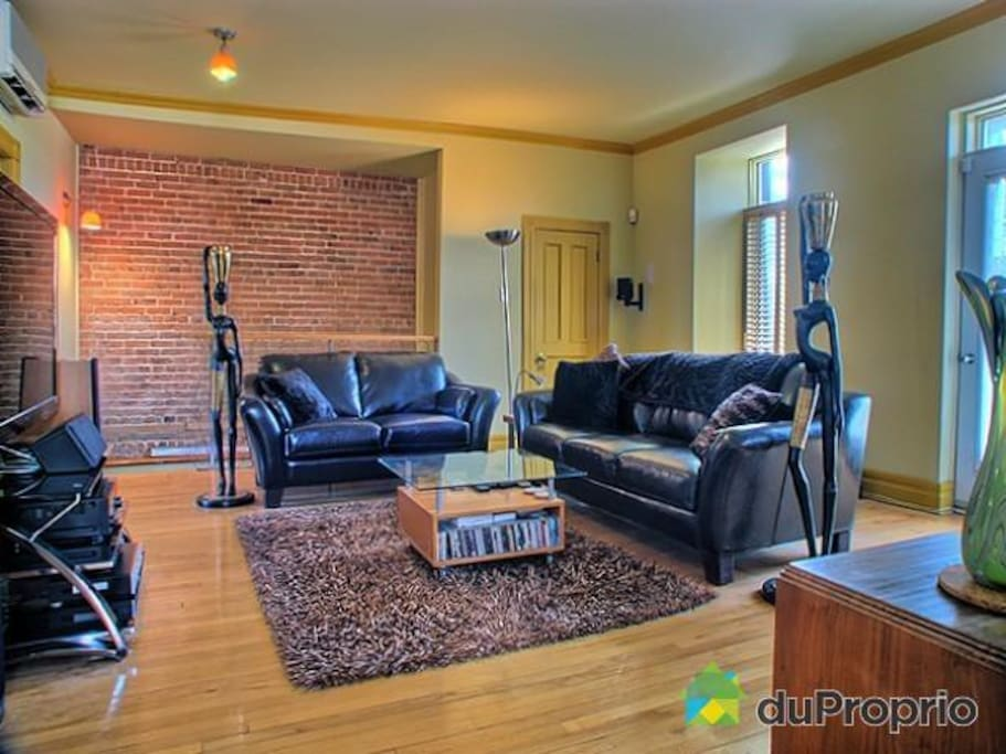 Plateau 2 chambres stationnement appartements louer for Appart meuble montreal