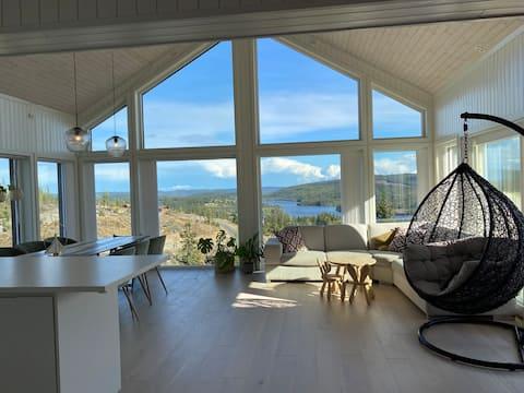 Stor og moderne hytte med gode ski- og turmulighet