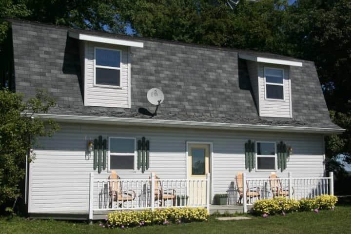 Loft Guest House on 200+ Acres