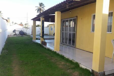 Casa Nova em Costinha, Lucena PB. Com piscina e ar