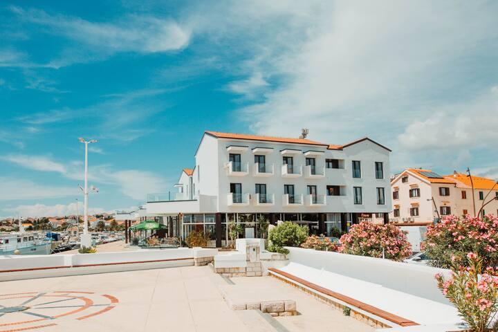 the loža- Seaside hotel- Standard Twin room