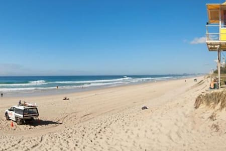1 min To Beach & Cafes - Main Beach - Appartement