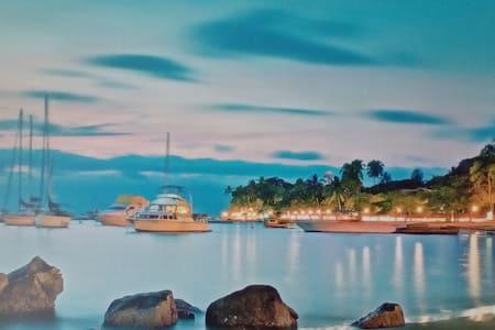 Aloha - Em frente à melhor praia de Ilhabela - Ilhabela - Bed & Breakfast