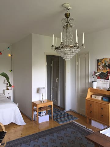Vintage/Park View apartment in the heart of Kallio
