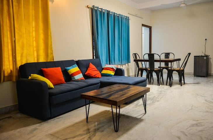 Chirpy Co-Living Space & Hostel -Cozy Private Room