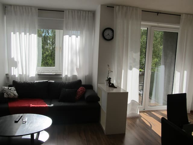 Lovely apartment close to exhibition-area (Messe) - Hanover - Apartemen