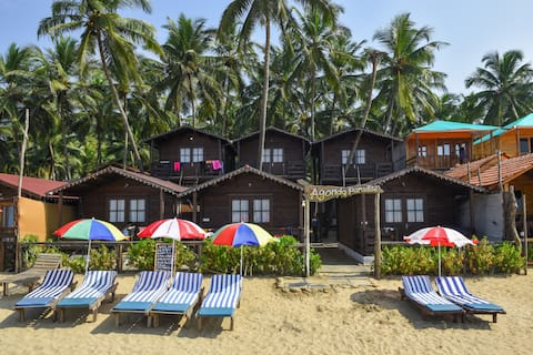 Sea Facing Cottage on Agonda Beach 2