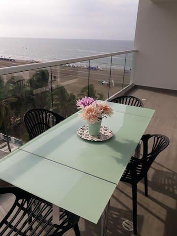Apartamento en cartagena frente al mar
