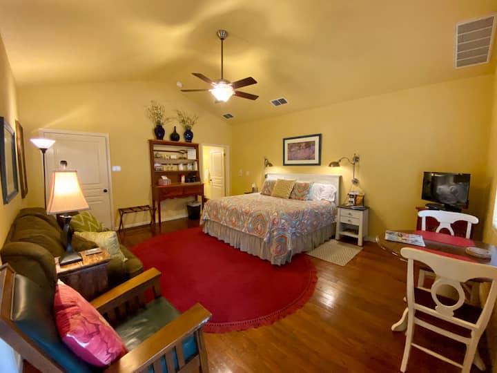Mountain Laurel Room at Comal Inn
