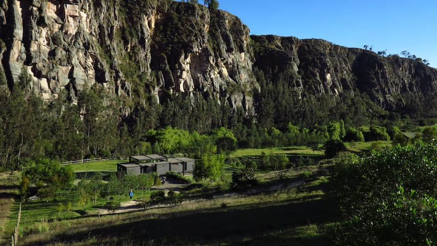 Espectacular casa frente a las rocas de Suesca - Suesca - Dům