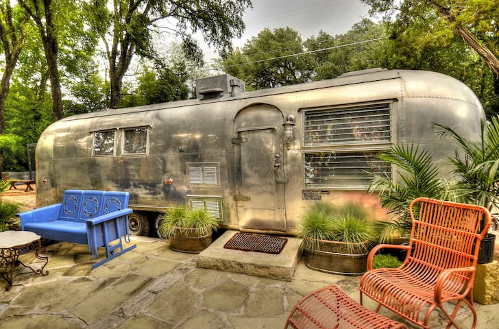 Airstream in Cameron Park! - Waco