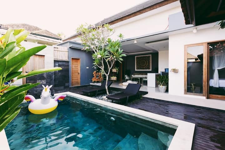 $Villa Dayana private pool in kerobokan$$