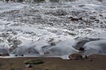 Undertow - breath Beach Turas