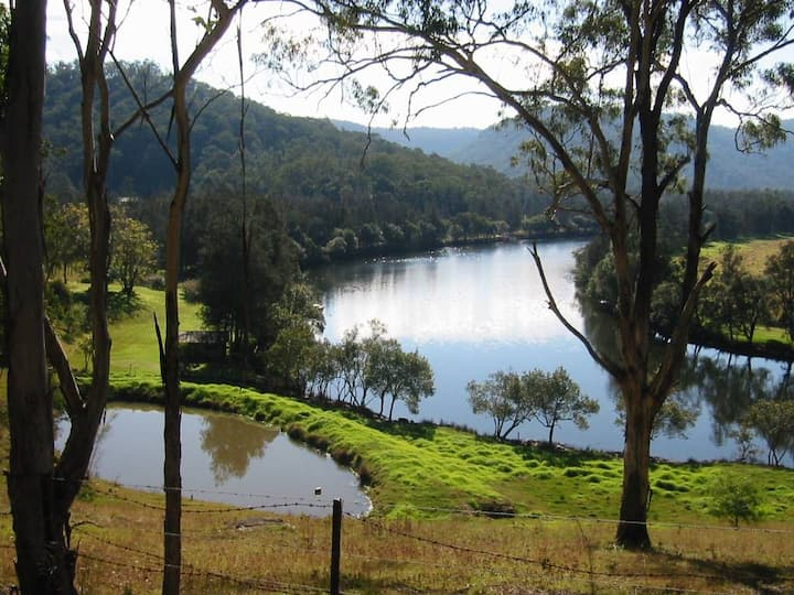 Mangrove Creek Cottage Farm Stay