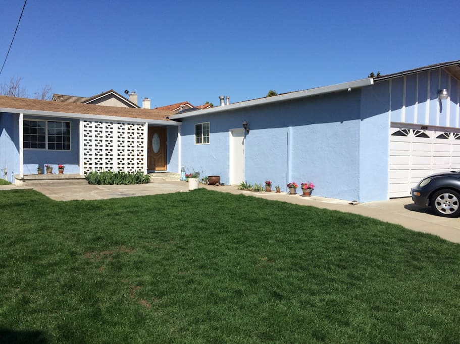 Located on a safe and quiet street with lots of parking.  Very close to I880 and I680.