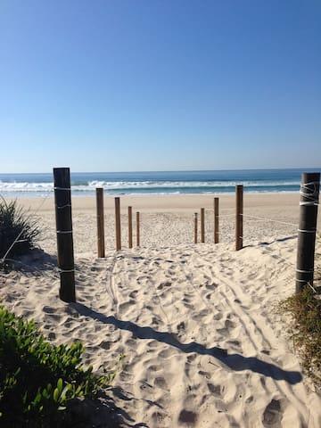 The Verandah - South Golden Beach - บ้าน
