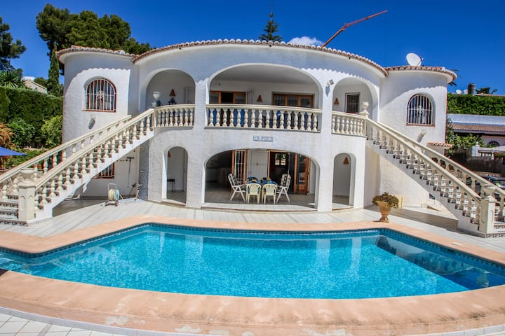 La Perla - sea view villa with private pool in Moraira