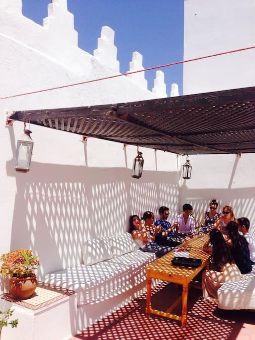 Une terrasse où vous  passerez le plus clair de votre temps !
