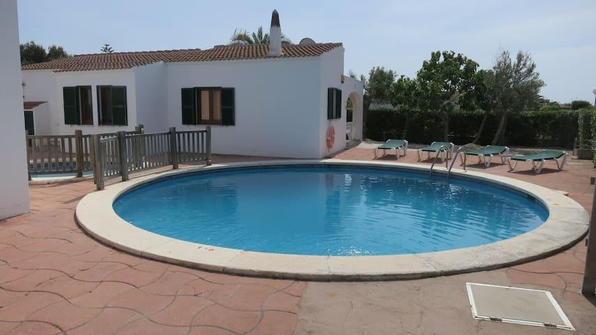 Chalet con piscina cala 39 n blanes 2 casas en alquiler en ciutadella de menorca illes balears - Casas de alquiler en blanes ...