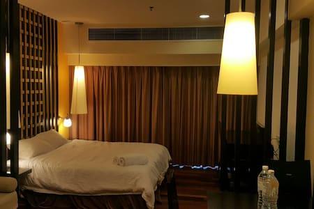 luxury studio(WIFI)@Sunway pyramid - Petaling Jaya