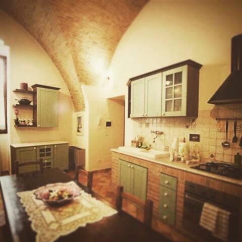 Loft del 1500 in centro storico - Assisi - Casa