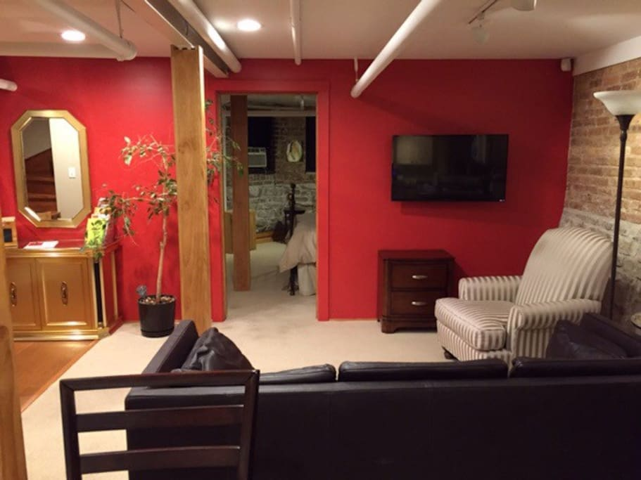 Lakeview Charmer With Parking Apartments For Rent In Chicago Illinois U