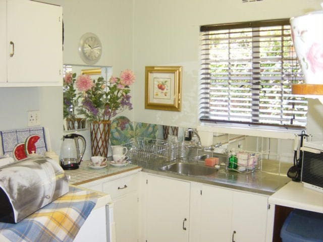 Forest Town Guest Cottages - STUDIO