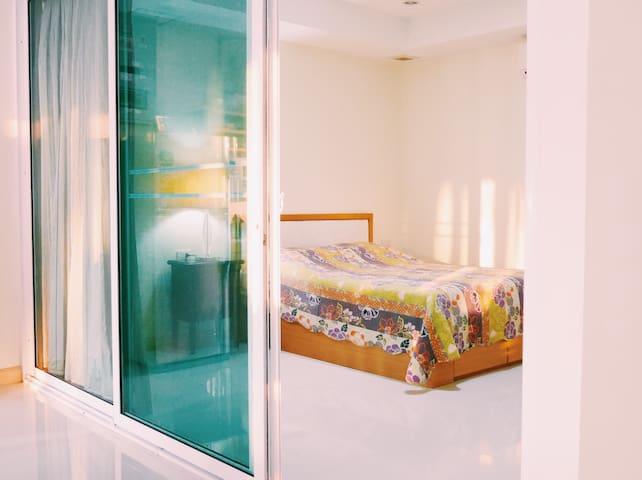 Sunny Beachfront Apartment in BangSaen