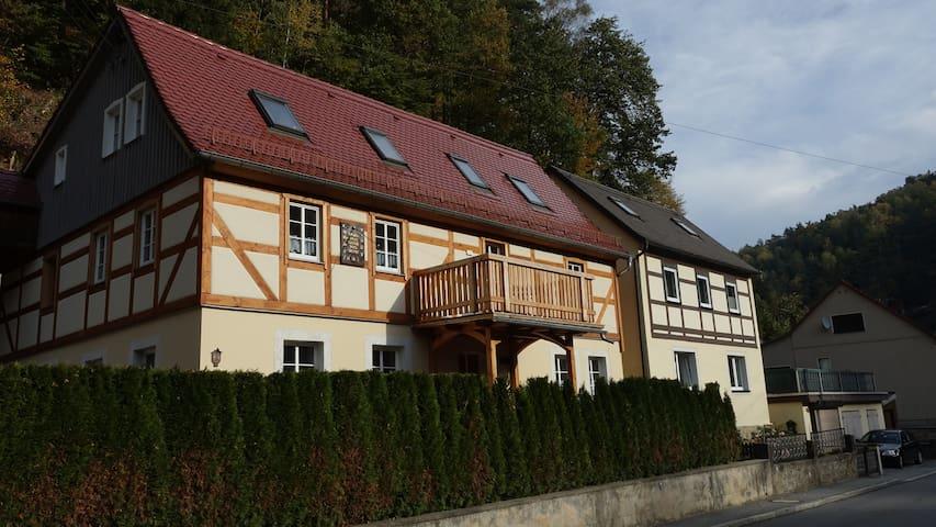 Urgemütliche Ferienwohnung EG Bad Schandau/Krippen