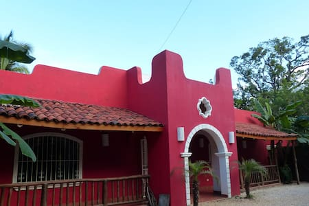 CASA MANUREVA 1 - Villareal - Apartemen