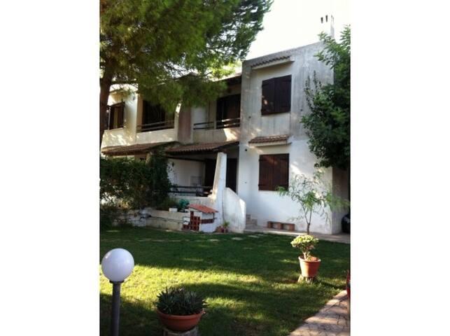 Villa  5 posti Porto Pirrone Leporano (TA)