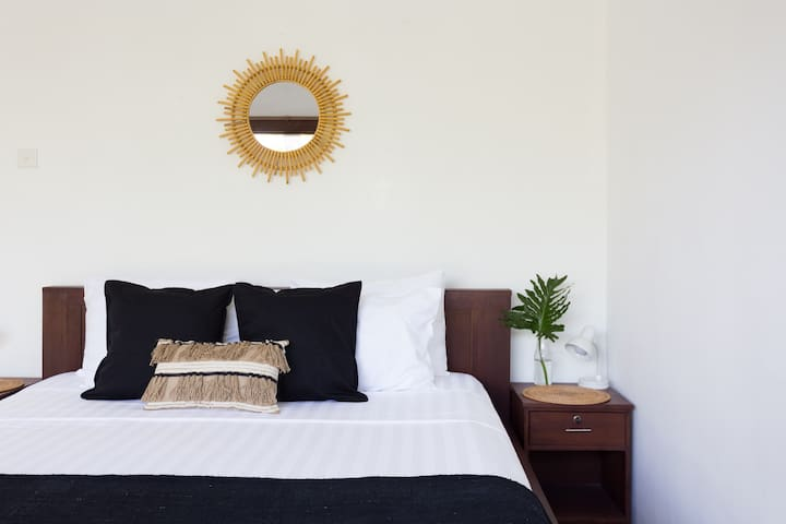 V1 -Best Airbnb of Canggu! Just read our reviews!