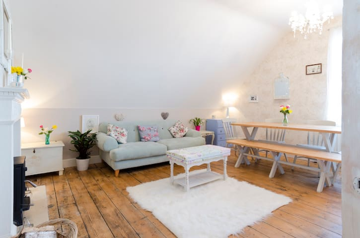 No3 SEASIDE ESCAPE OPPOSITE HARBOUR - Whitstable - Apartamento