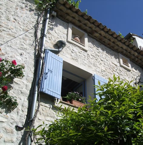 Charming village house - La Colle-sur-Loup - Rumah