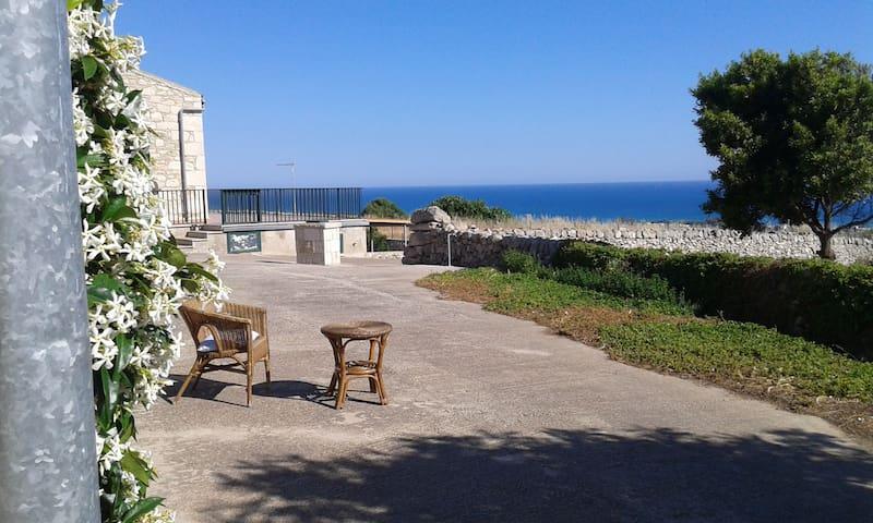 Casa panoramica vista mare. - Marina di Ragusa - Lägenhet