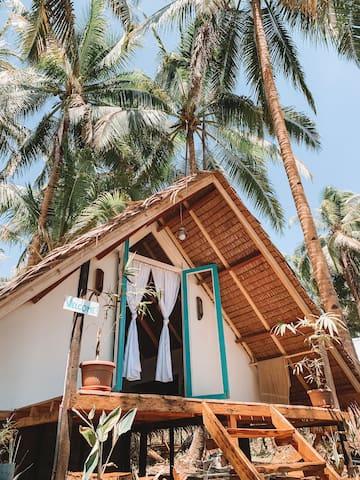 Siargao White Coco Hut Villa
