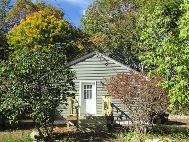 Grist Mill Cottage -  four-season home - Franklin - Haus
