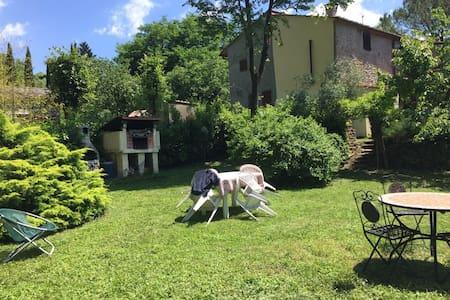 Casa Vacanze nel verde del Mugello! - Molezzano - Hus