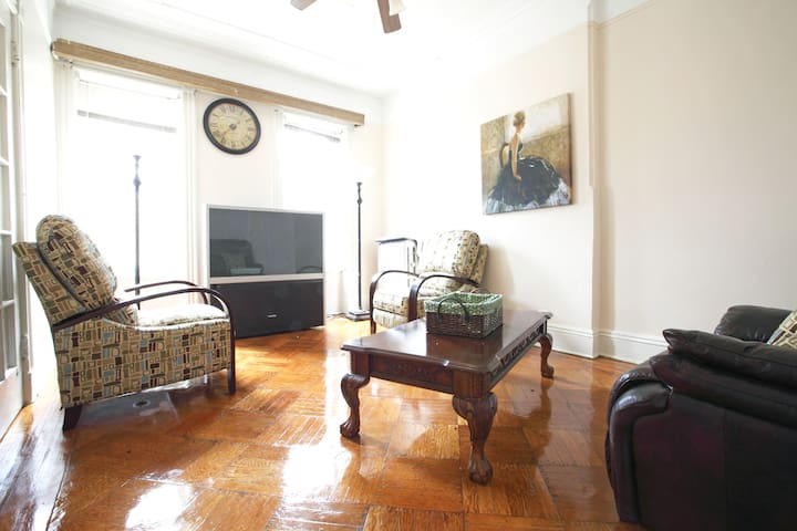 Four Bedroom Brownstone With 2 Bath Apartments For Rent In Brooklyn New York United States