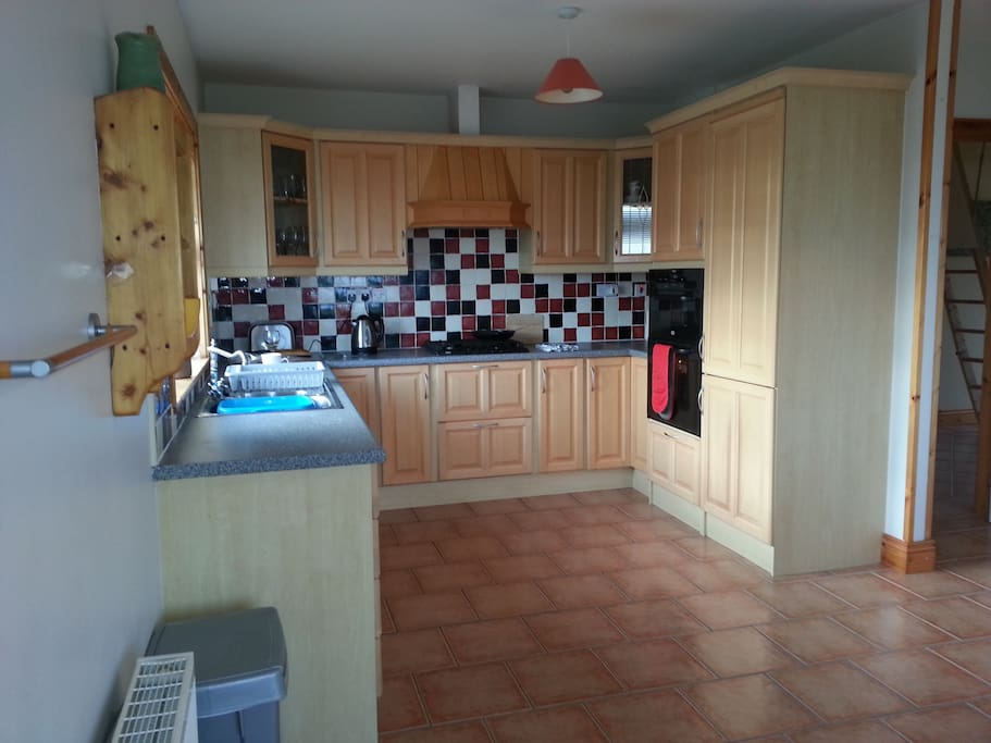 Open plan kitchen area with all amenities