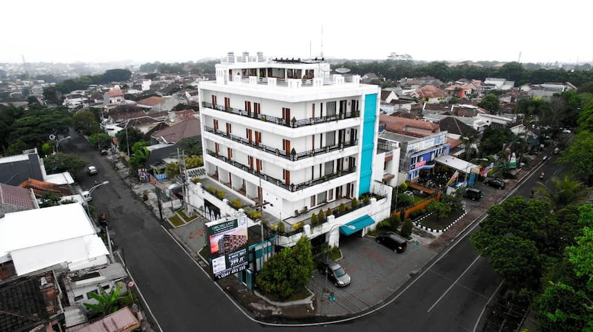 Best Homestay in Malang with Highest Floor & View
