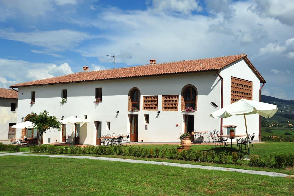 Streda Belvedere - Clarinetto building