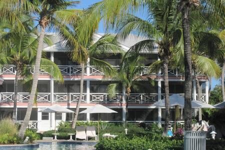 Paradise on Grace Bay Beach
