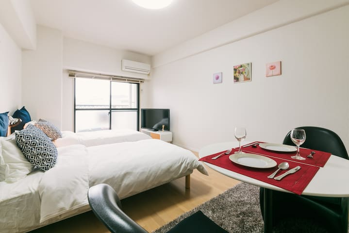 *Great Location* Modern and Clean Room in Akasaka