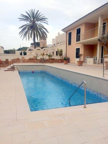 Fantástico apartamento con piscina - Colònia de Sant Pere  - Apartment