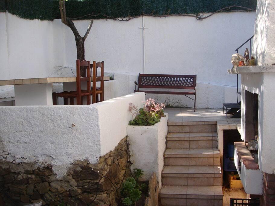 049 appartement avec jardin proche de la plage