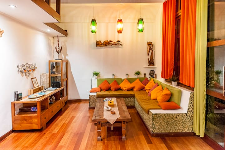 Cozy 2br villa in heart of seminyak