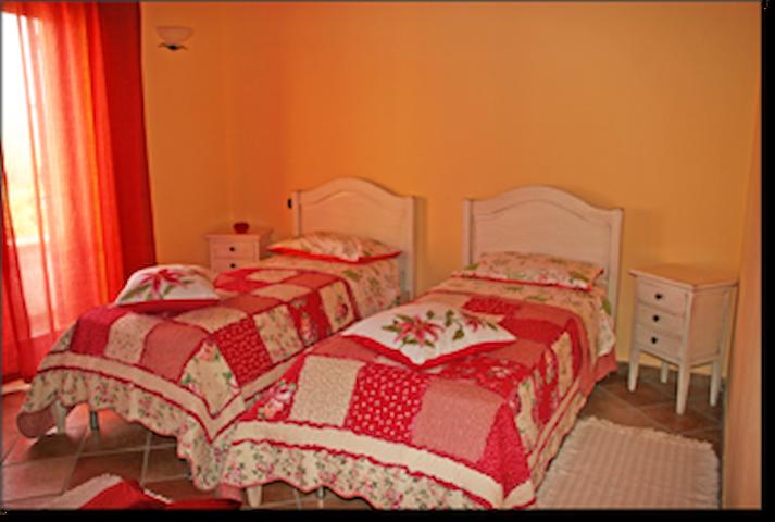 Casa vacanza vicino Tropea - San Cono - Huis